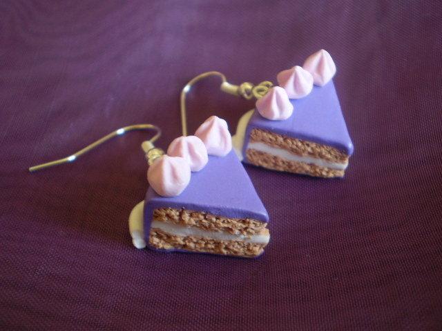 Orecchini fetta di torta e meringhe