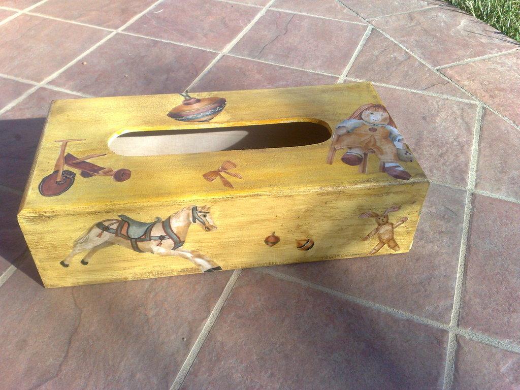 scatole porta fazzoletti veline