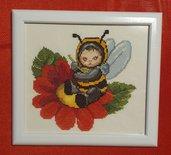 Quadro ape bambina a punto croce