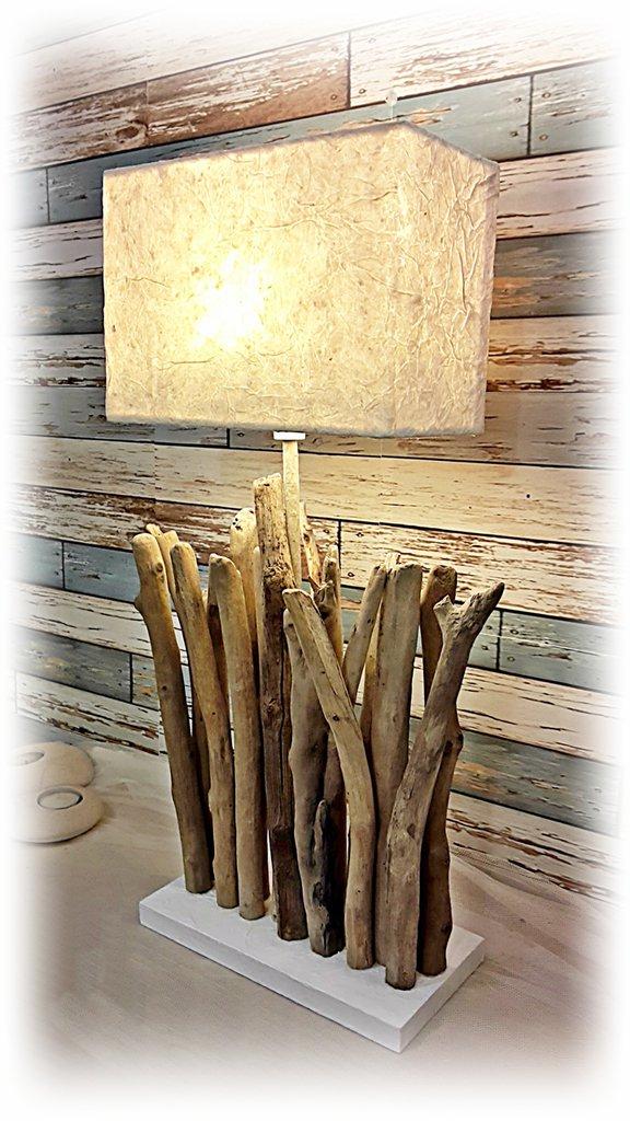 Lampada con legni di mare,lamp driftwood,regalo,arredo ristoranti,hotel,pub,loft