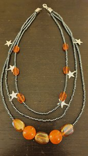 Collana 3 fili perle arancio e stelle