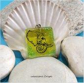 Ciondolo in vetro fusione, simbolo elefante