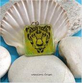 Ciondolo in vetro fusione, simbolo tigre