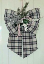 Fuoriporta natalizio tartan grigio e rosa