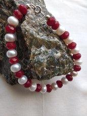 Braccialetto di Agata rossa abbinato con perle d'acqua dolce