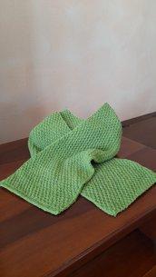 Sciarpa colore verde