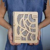 Quaderno speciale con copertina di legno