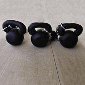 Portachiavi kettlebell in fimo sport fitness