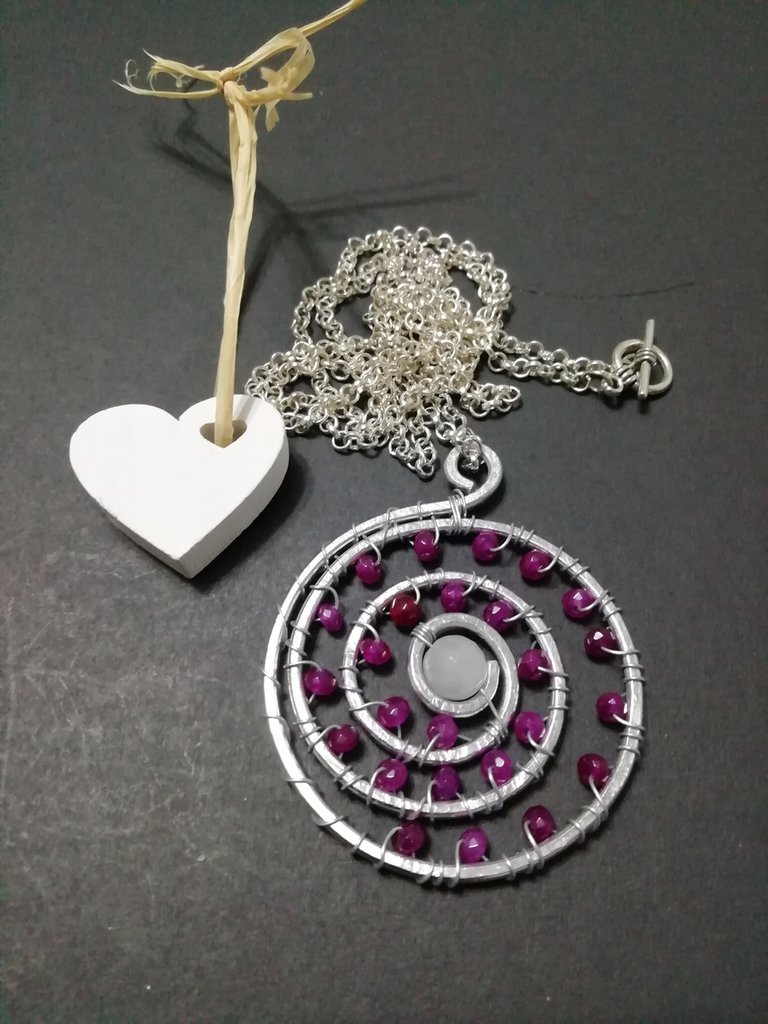 Ciondolo amuleto spirale
