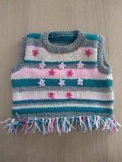 Gilet ai ferri bambina,maglia ai ferri bambina, golfino bimba,idea regalo bambina,gilet boho bambina,scaldacuore, maglione ai ferri, frangie Attive