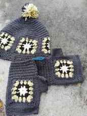 Cappello granny grigio scuro con guanti