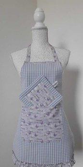 Grembiule donna cucina a quadrettini lilla con tasca a farfalle viola con presina abbinata