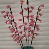 Mughetto rosa fiori di perline