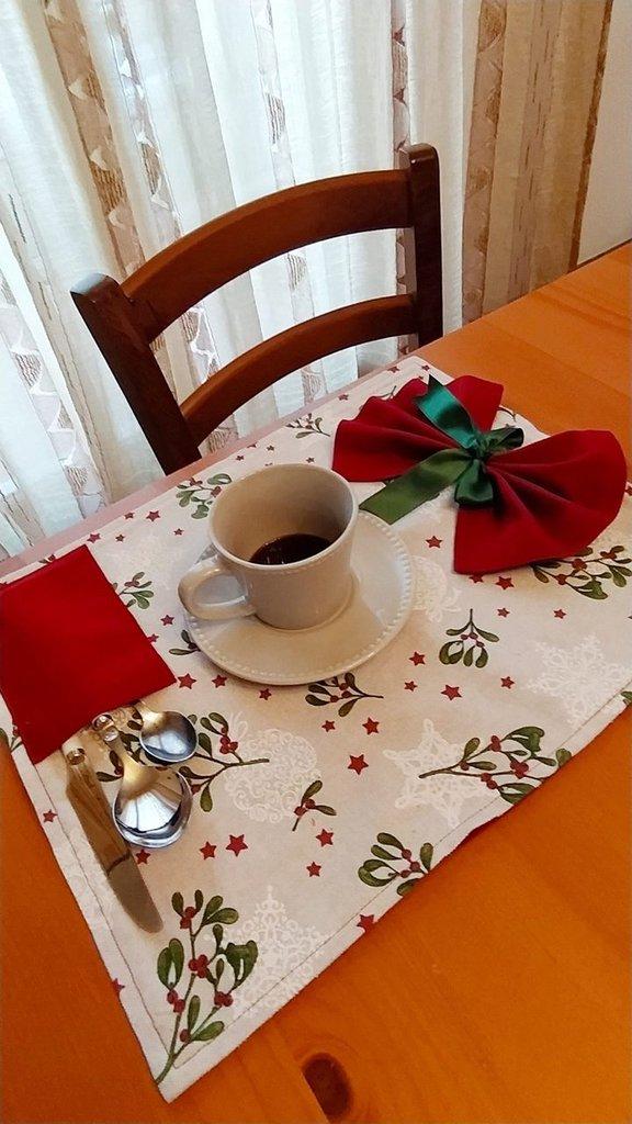 Set natalizio da tavola