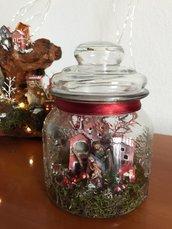 Vaso con villaggio Natalizio e natività | decorazione di Natale