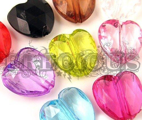 10 pz perline a forma di cuore trasparenti