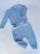 Completo bambino in lana merinos lavorato a mano
