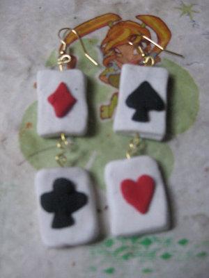 Orecchini poker