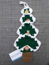 Decorazione natalizia all'uncinetto a forma di albero di Natale / fuoriporta vintage