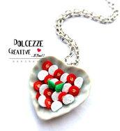 Collana Caprese - Piatto a forma di cuore con Pomodoro e mozzarella realizzato a mano