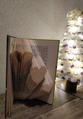 Book Folding, Folded Book, Libro Piegato, Libro Scultura , regalo di Natale, 3 CUORI