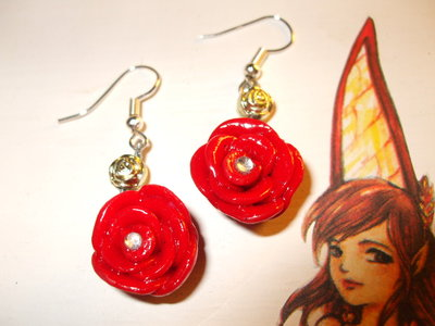 Orecchini rose rosse in fimo cernit