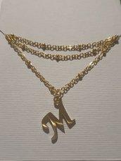 Collana in acciaio dorato con lettera alfabeto