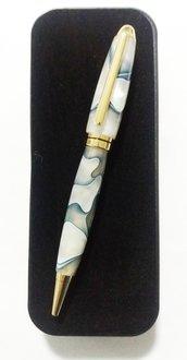 Penna artigianale in resina acrilica epossidica, fatta a mano, regalo San Valentino, laurea, compleanno, uomo, donna