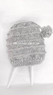 Cappello bambino in pura lana 100% lavorato a mano