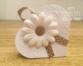 Scatolina cuore portaconfetti  con fiore