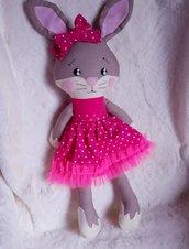 Coniglietta pupazzo di stoffa per bambini