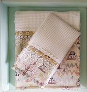 Set di asciugamani, con pizzo e inserto in tessuto stampa bosco