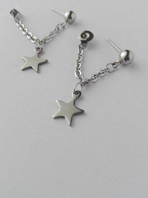Orecchini pendenti in acciaio con catenina e ciondolo a forma di stella con chiusura a perla