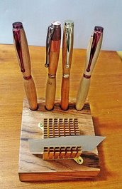 Portapenne  in legno di Castagno, fatto mano e porta post-it, artigianale, ecologico, casa, ufficio, san Valentino