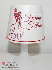 Lampada da tavolo Femme Fatale personalizzabile con nome idea regalo San Valentino anniversario complennao Natale