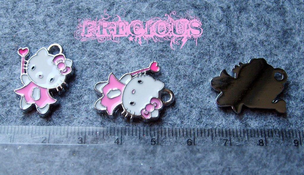 Charms Hello Kitty samalatati rosa