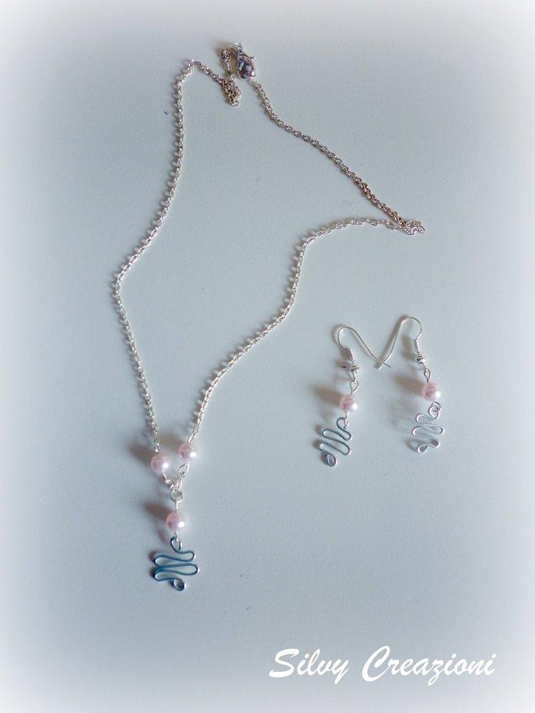 Collana e orecchini wire