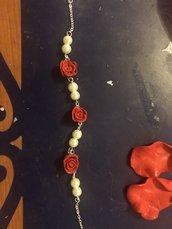 Bracciale con rose e perle