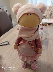 Bambola realizzata a mano