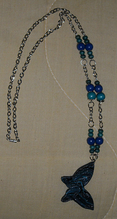 Collana a Farfalla in Fimo e Perle Bluette