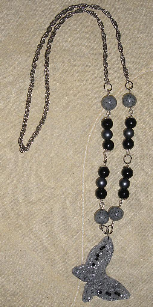Collana a Farfalla in Fimo e Perle Nere e Argento