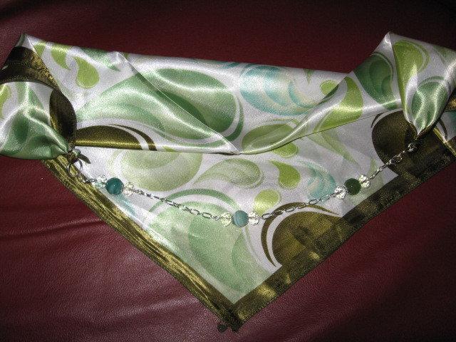 foulard-gioiello verde