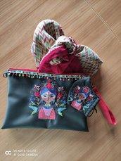 Pochette ricamata Frida