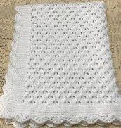 copertina coperta neonata neonato di lana bianca, fatta a mano, carrozzina ,culla