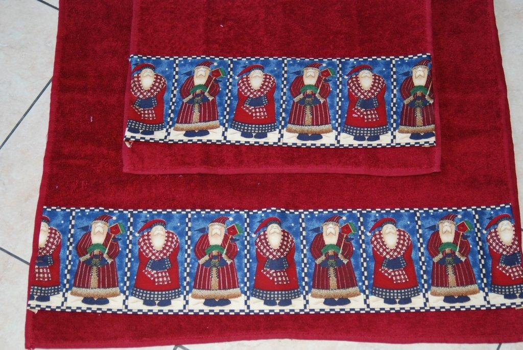 Coppia Asciugamani Babbi Natali di Debbie Mum