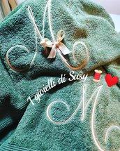 Asciugamani con monogramma