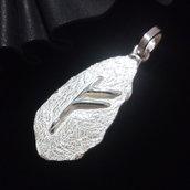 """Ciondolo runico/vikings """"runa Fehu"""" in argento 925 fatto a mano C94"""