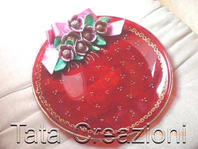 Piatto decorato con fiori