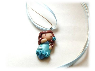 Collana bambolina azzurra