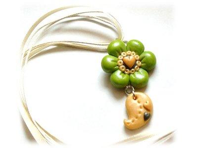 Collana green flower